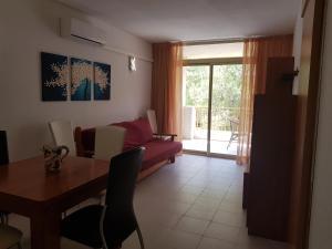 Apartamentos Cataluña92, Apartmány  Salou - big - 29