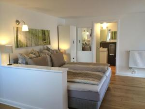 Modernes-schoenes-Apartment-2-4-Pers-inkl-Endreinigung-Bettw-Handt-Parkplatz