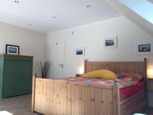 Huus-Windroos-Wohnung-2, Apartments  Ditzum - big - 6