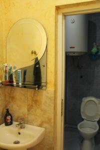 Teo Apartament, Appartamenti  Batumi - big - 4