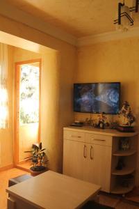 Teo Apartament, Appartamenti  Batumi - big - 5