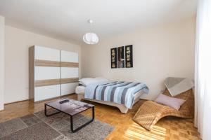 Apartment Nine 9