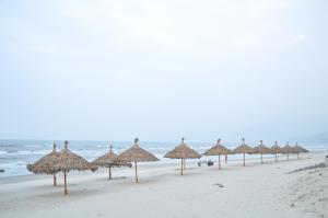 Stork Village - Lang Co Resort