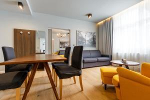 Apartments Bohemia Rhapsody, Apartmány  Karlove Vary - big - 32