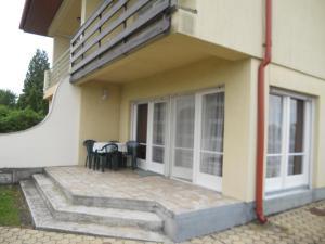 Balaton 115, Dovolenkové domy  Siófok - big - 2