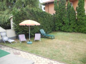 Balaton 115, Holiday homes  Siófok - big - 3