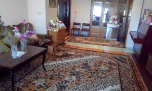 Apartment Imedashvili Street 22, Holiday homes  Batumi - big - 1