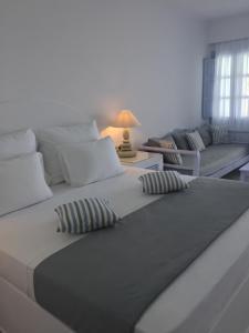 Maison Des Lys- Luxury Suites(Akrotiri)