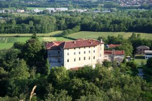 Nearby hotel : B&B Castello di Camerletto