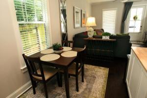 Jefferson Cottage 2, Holiday homes  Memphis - big - 9