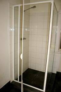 3-personersværelse med fælles bad