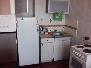 Apartment na Stroiteley - Nizhnyaya Kur'ya
