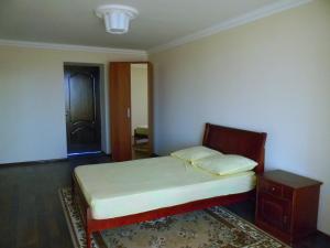 Апартаменты На Очамчирская 89 - фото 3