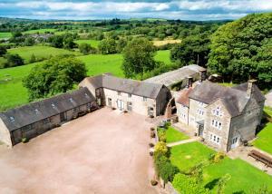 Hamps Hall and Barn