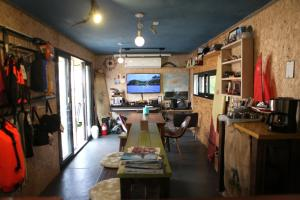 Basecamp Guesthouse