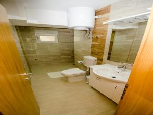 Apartments Vesela, Apartments  Janjina - big - 50