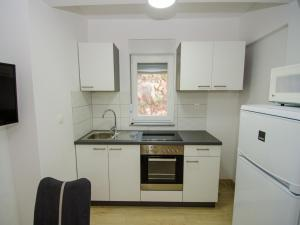 Apartments Vesela, Apartments  Janjina - big - 47