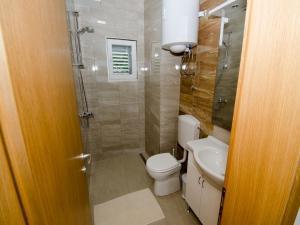 Apartments Vesela, Apartments  Janjina - big - 19