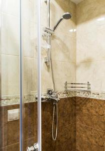Kon-Tiki Boutique Hotel, Bed & Breakfasts  Sankt Petersburg - big - 6