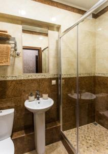 Kon-Tiki Boutique Hotel, Bed & Breakfasts  Sankt Petersburg - big - 7