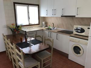 Casa Les Palmeres, Дома для отпуска  Л'Эстартит - big - 36