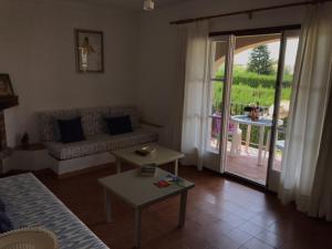 Casa Les Palmeres, Дома для отпуска  Л'Эстартит - big - 1
