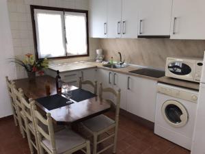 Casa Les Palmeres, Дома для отпуска  Л'Эстартит - big - 29