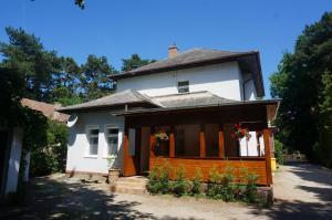 Honvéd apartmanház, Ferienwohnungen  Balatonlelle - big - 10