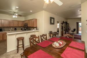 1224 Lause Road Home Home, Nyaralók  Bullhead City - big - 11