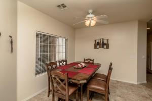 1224 Lause Road Home Home, Holiday homes  Bullhead City - big - 9
