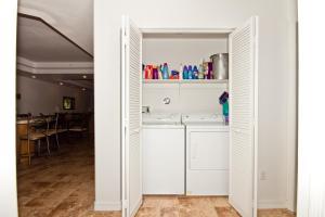 251 Moser Avenue Condo Condo, Apartmanok  Bullhead City - big - 13
