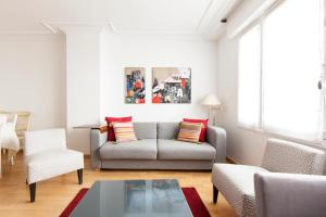 Brand new Parisian flat- champs elysees, Metro Argentine