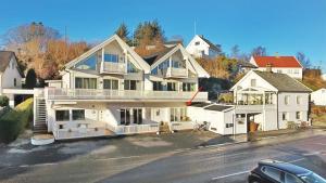 Røyksund Fjord Apartment