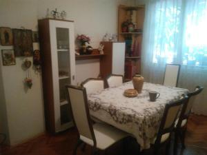 Apartement GOOOAL, Ferienwohnungen  Skopje - big - 11
