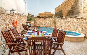 Holiday Farmhouse with Private Pool in Nadur Gozo, Prázdninové domy  Nadur - big - 15
