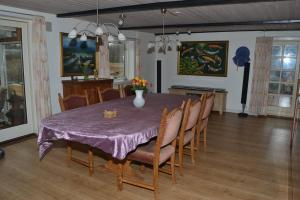 Four-Bedroom Holiday Home in Ribe, Ferienhäuser  Ribe - big - 7