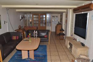 Four-Bedroom Holiday Home in Ribe, Ferienhäuser  Ribe - big - 8