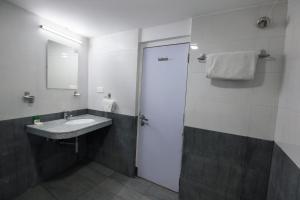 OYO 6429 Hotel Pearl, Szállodák  Púna - big - 31