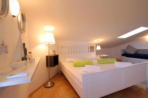 Apartments Papalinna, Апартаменты  Малинска - big - 46