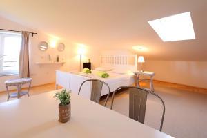 Apartments Papalinna, Апартаменты  Малинска - big - 37
