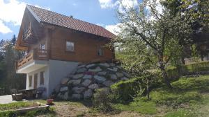 Bloke Lake Lodge