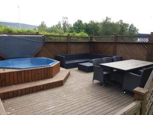 A Wonderful Four Bedroom House with Spa.  Foto 1