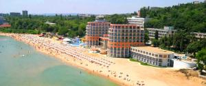 Varna Relax Apartment, Apartmány  St. St. Constantine and Helena - big - 119