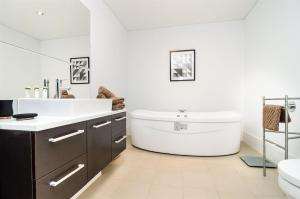 Swan Riverview Apartment, Apartmány  Perth - big - 5