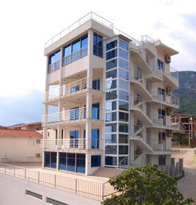 LuxApart Monte, Апартаменты  Бар - big - 4