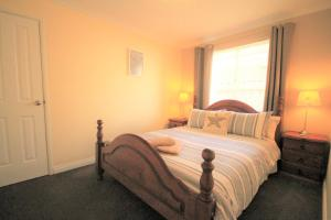 Castaway 4 bedroom home - Clarkson