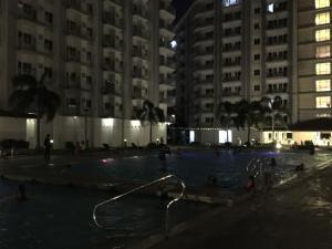 JVB Field Condo Sucat, Appartamenti  Manila - big - 12