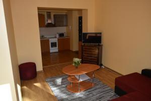 Andriaus Apartamentai, Apartments  Šiauliai - big - 37
