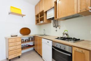 Feels Like Home Lapa Central Flat, Апартаменты  Лиссабон - big - 11