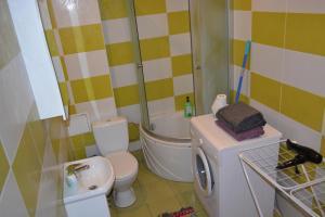 Andriaus Apartamentai, Apartments  Šiauliai - big - 49